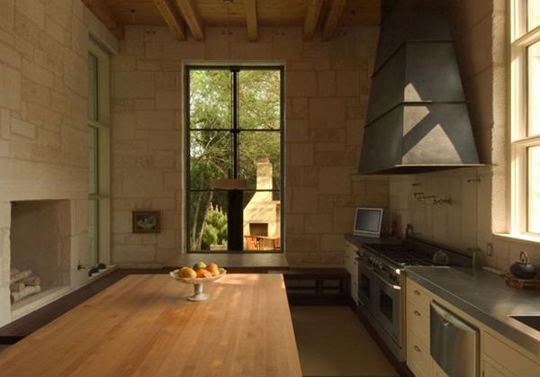Каменный загородный дом фото 4