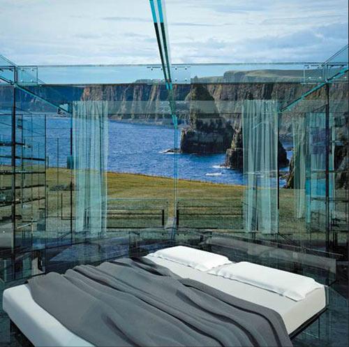 спальня в доме из стекла