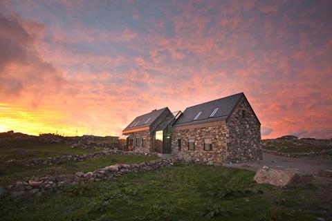 Ультрамодные каменные дома фото 4
