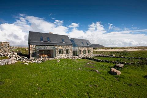 Ультрамодные каменные дома фото 1
