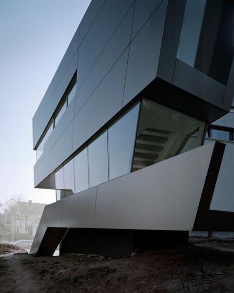 современный дом в Хайльбронне - статика и динамика