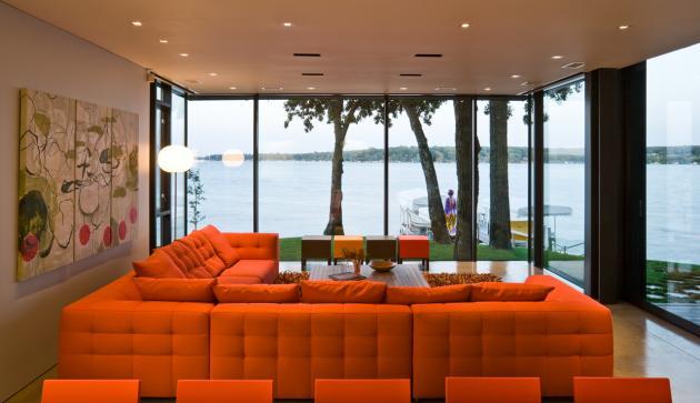 Дом у озера Окободжи  по проекту Min|Day Architects