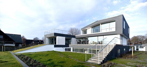 загородный трехуровневый дом Z House по проекту Евы Харлоу