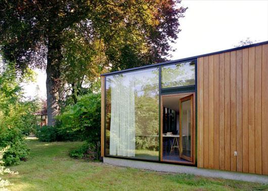частный дом с панорамным остеклением