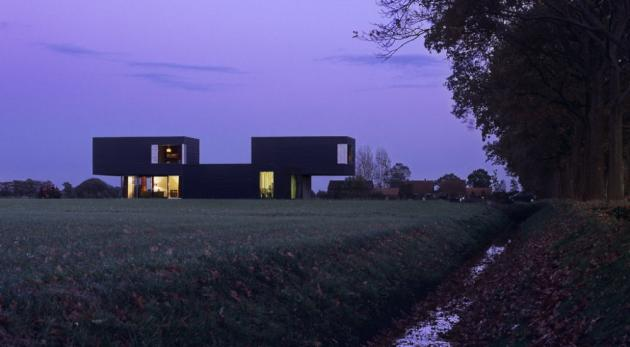 фото дома Vriezenveen по проекту Zecc Architects