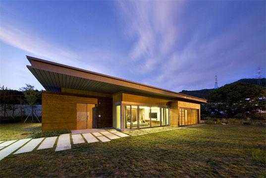 загородный экологичный дом