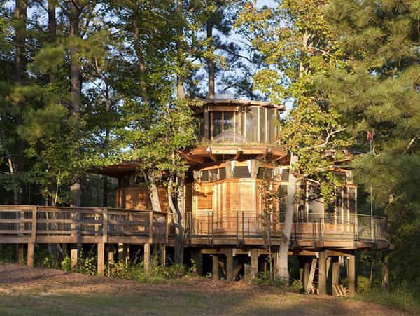 Проект дачного дома у озера