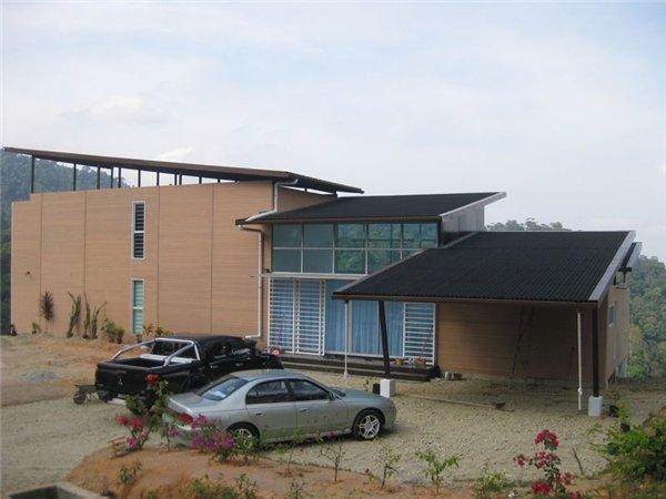 дом из контейнеров  по проекту Anand Bungalow