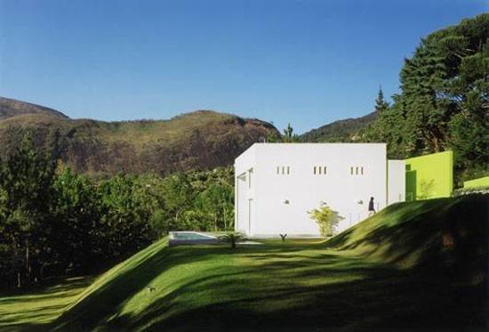 кубический дом от Жозе Коса