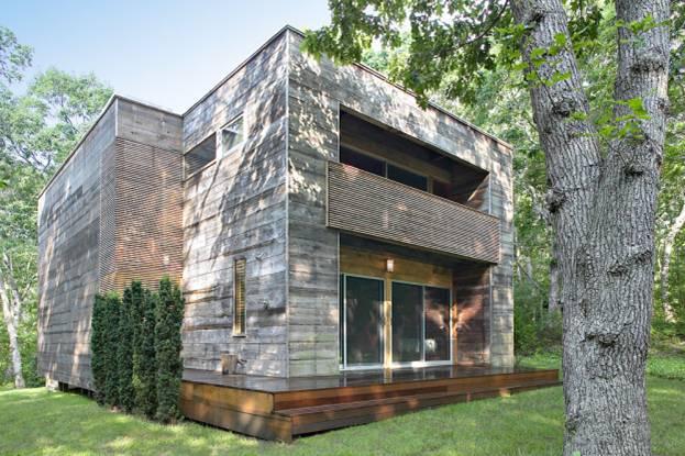 деревянный дом Re-Cover («Ре-конструкция»)