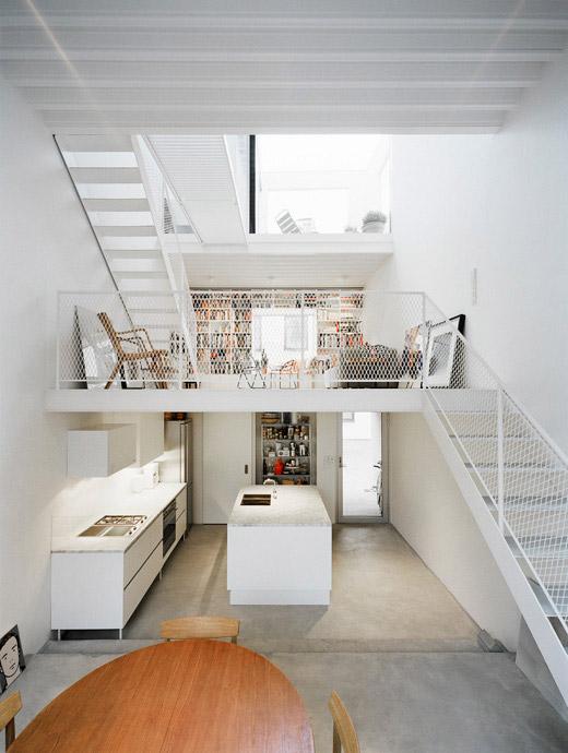интерьер современного таунхауса в минималистском стиле по проекту Elding Oscarson