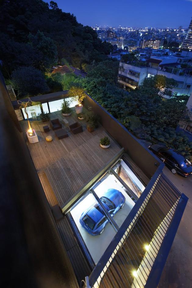 Черный дом по проекту Xrange Architects фото 2