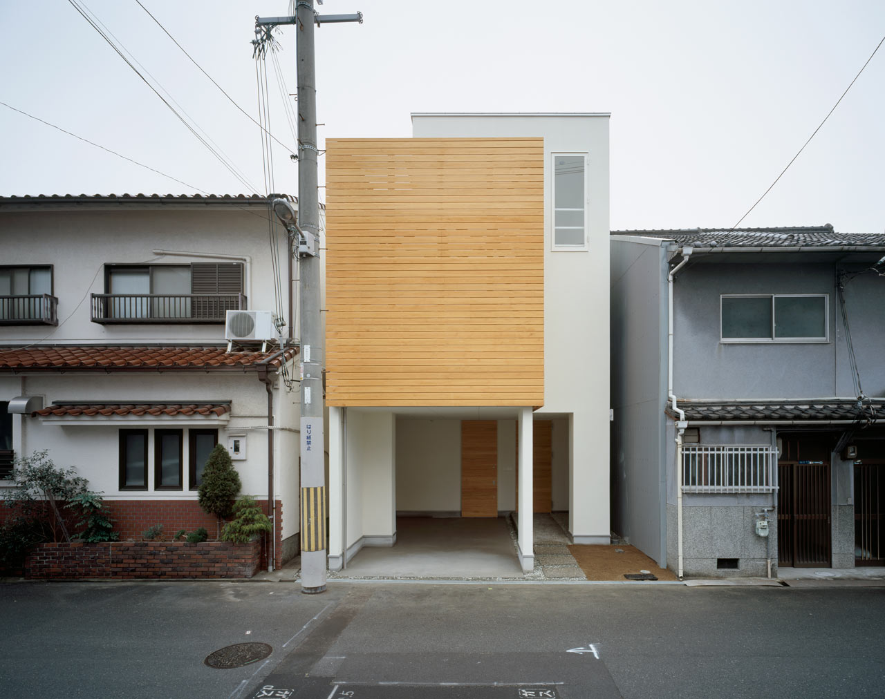 Трехэтажный дом проект фото 1