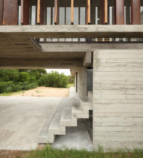 Проект летнего дома из бетона
