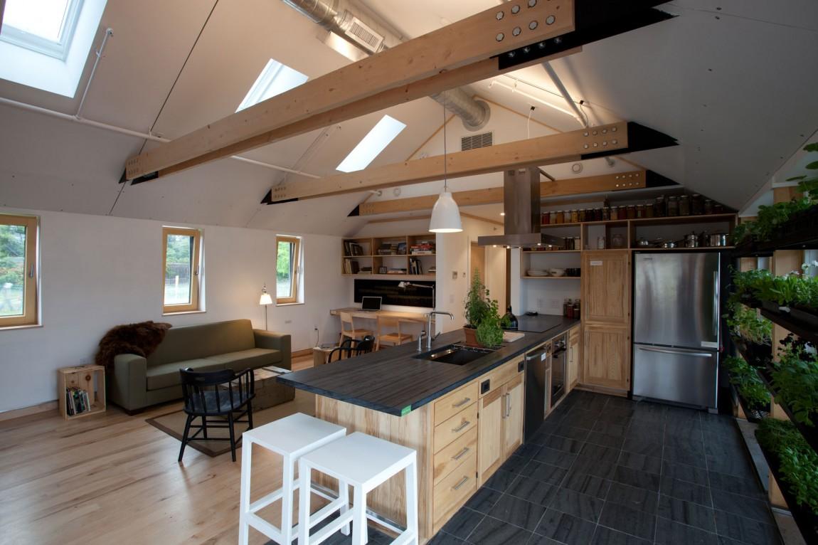 Дом с солнечными батареями - фото 2