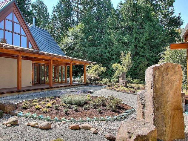 Горное шале - дом со стеклянным фасадом фото 1