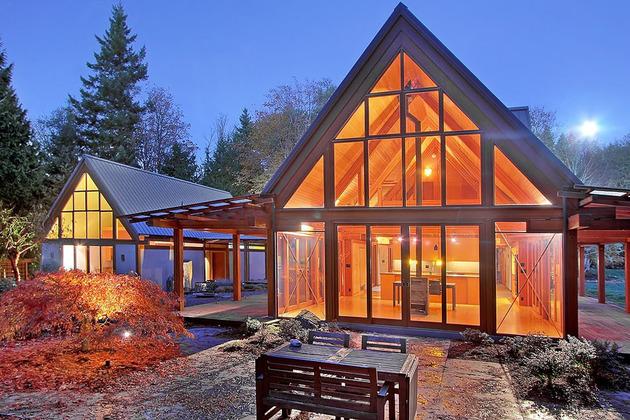 Горное шале - дом со стеклянным фасадом фото 2