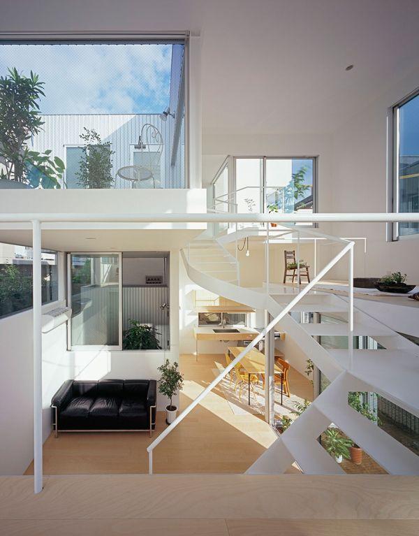 металлический дом окна