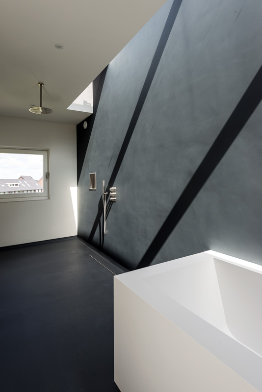дом 10 на 10 -ванная комната-3