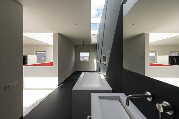 дом 10 на 10 -ванная комната-2