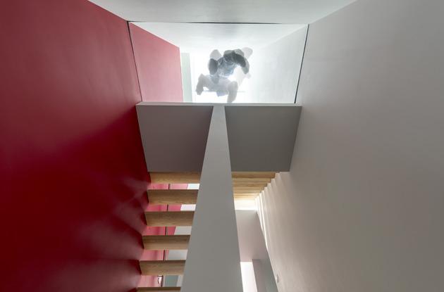 дом 10 на 10-лестница-4