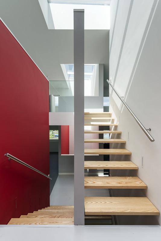 дом 10 на 10-лестница-2