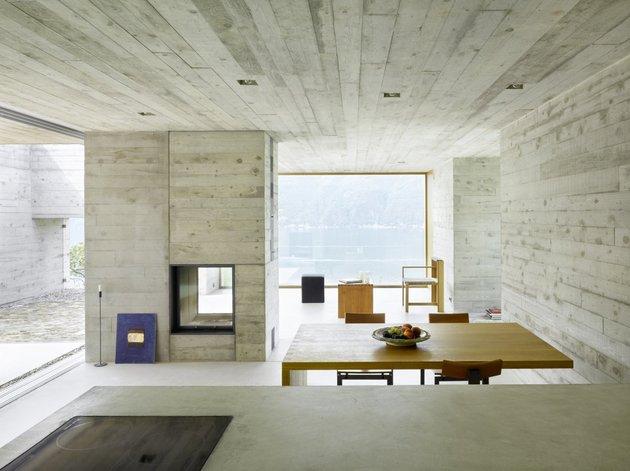 бетонный дом - интерьер столовой