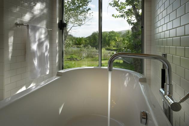 ванная дома из металлокаркаса
