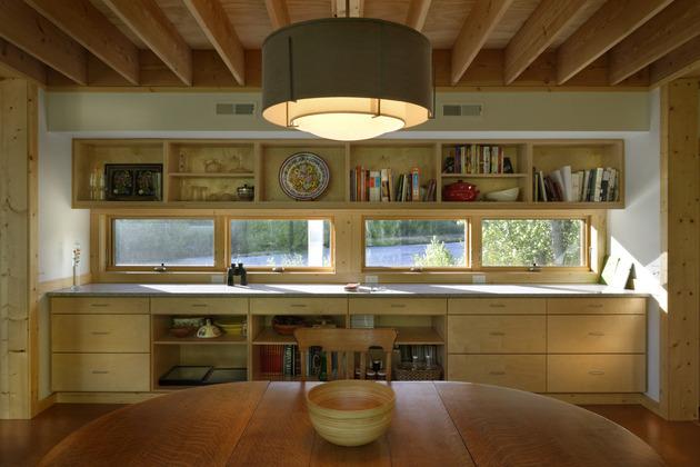 кухня дома из металлокаркаса