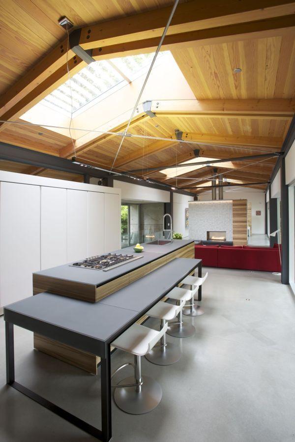 Фото коттеджа - вид на кухню