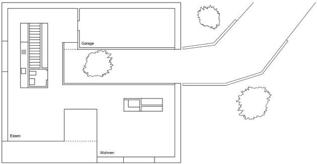 план нижнего этажа трехэтажного коттеджа