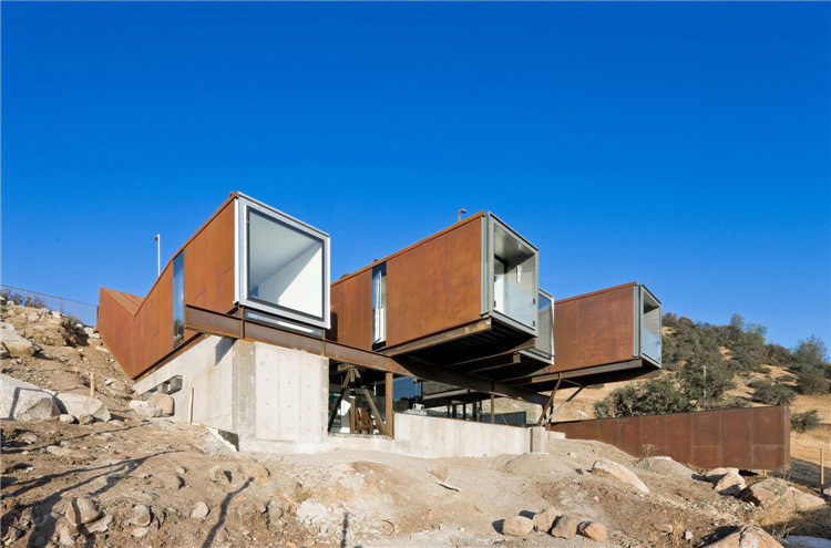 дом из металла фото 1
