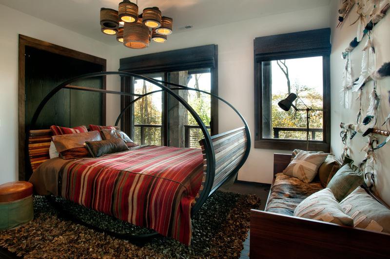 Двухэтажный домик - интерьер спальни