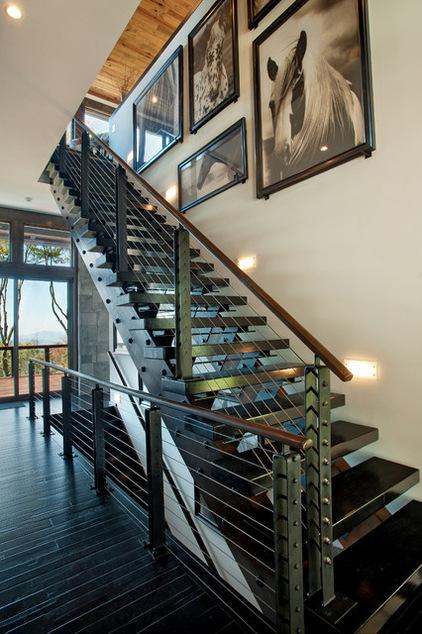 Двухэтажный домик - лестница
