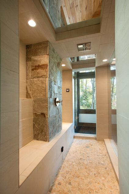 Двухэтажный домик - интерьер ванной комнаты