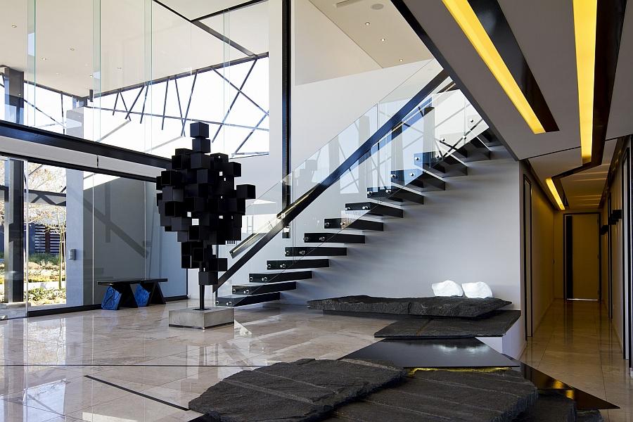 Скульптурные дополнения в гостиной - Проект резиденции House Ber