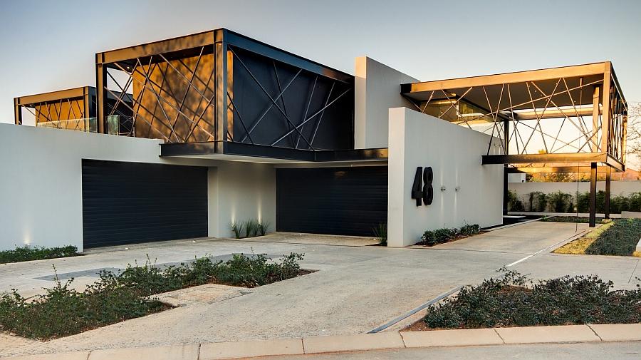 Проект резиденции House Ber поражает обилием скульптурных элементов