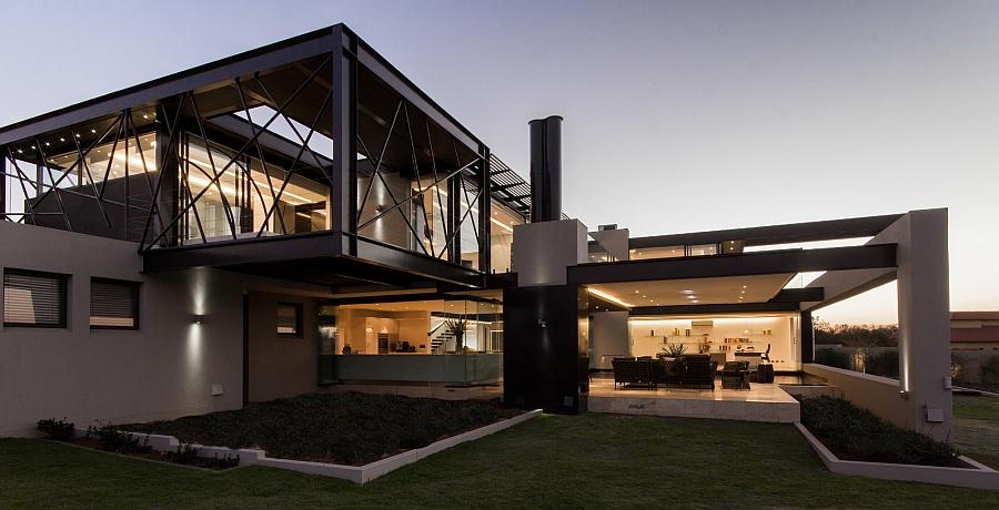 Уникальный внешний вид резиденции House Ber