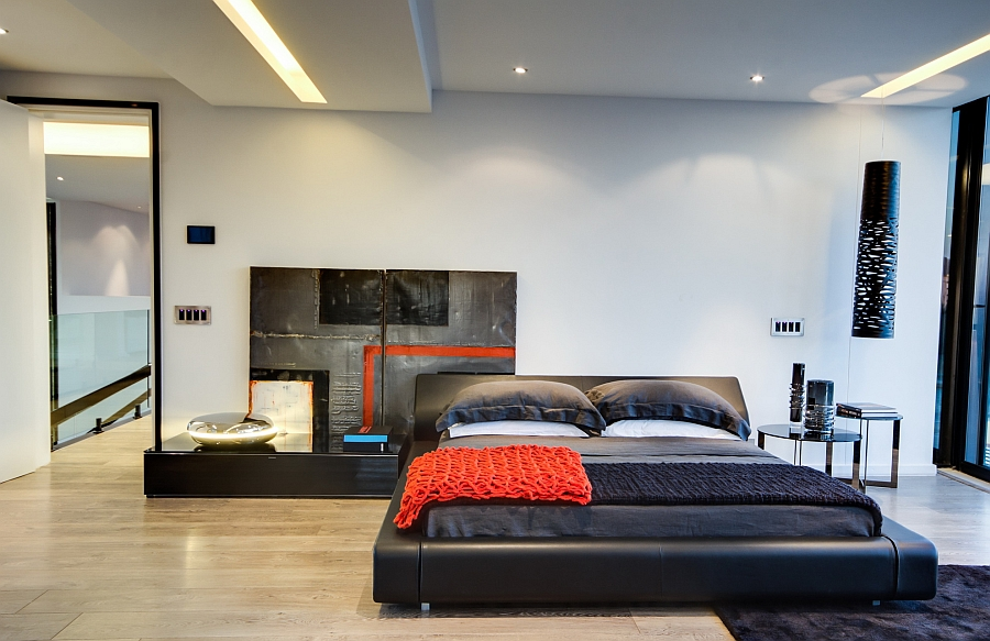 Яркие металлические поверхности - Проект резиденции House Ber