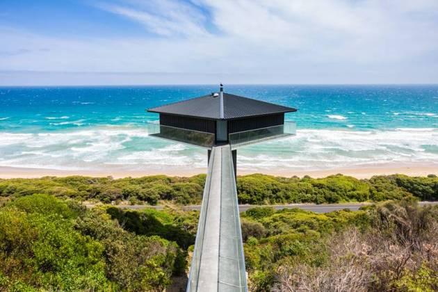 Частный дом с панорамным остеклением - фото 3