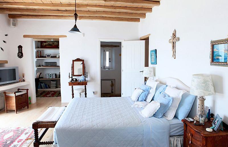 Спальня в греческом доме