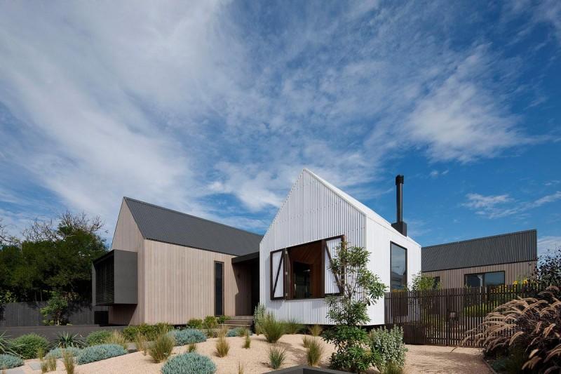 modern-beach-house-jcba-800x533