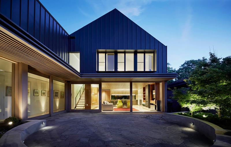 дом черного цвета (4)