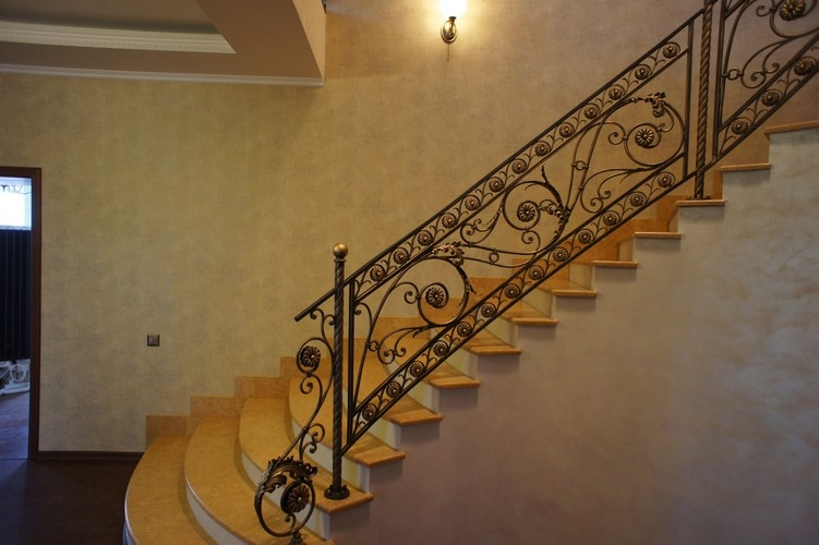 Перила лестницы своими руками из металла