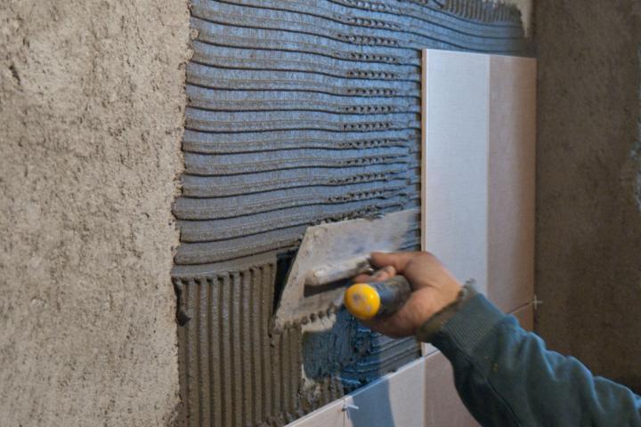 Облицовка стен керамической плиткой – с чего начать?